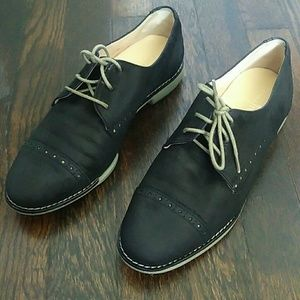 Cole Haan black brogue lace up oxfords size 6.5